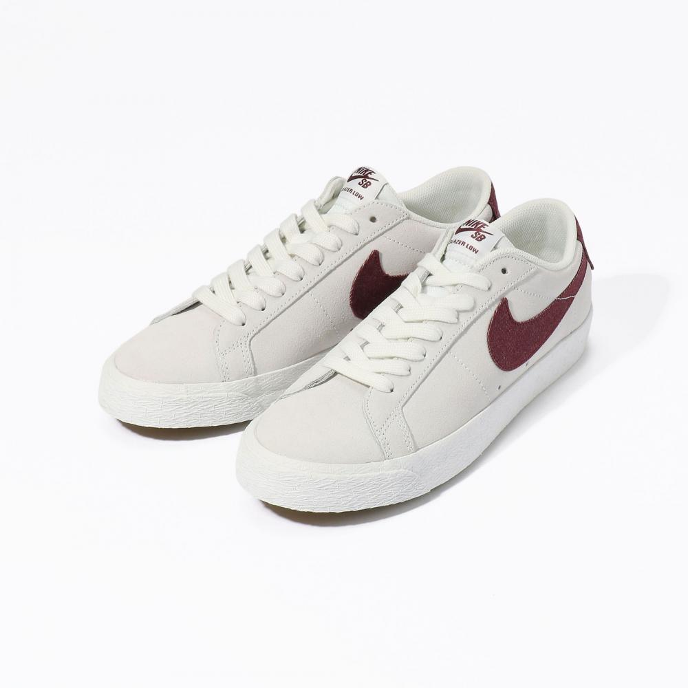 NIKE SB ZOOM BLAZER LOW スニーカー